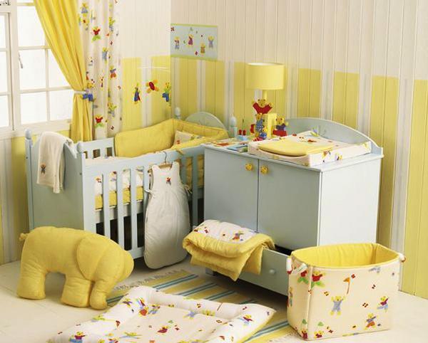 quarto de bebê cor amarela