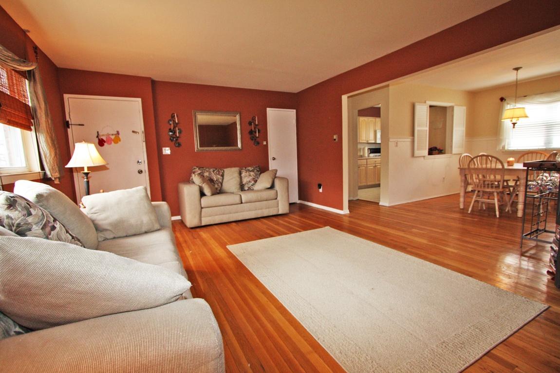 ... você pode conseguir um efeito bem rústico, estilo casa de campo, outros  tem um acabamento moderno que assemelha-se aos pisos de madeira laminados. c91242b217