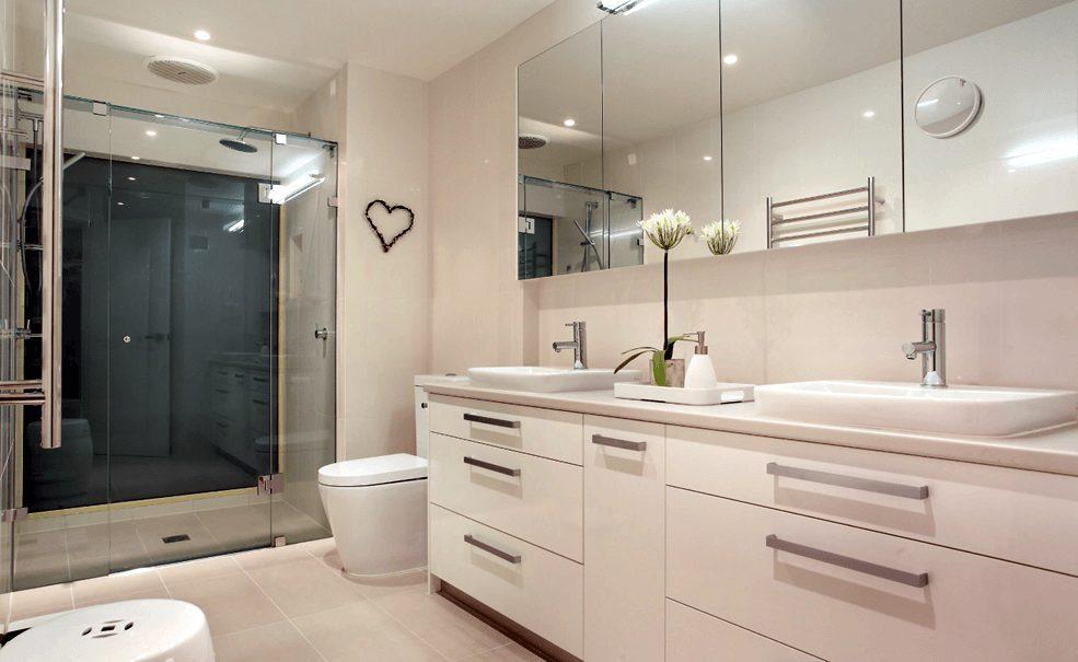 Banheiro Branco Moderno