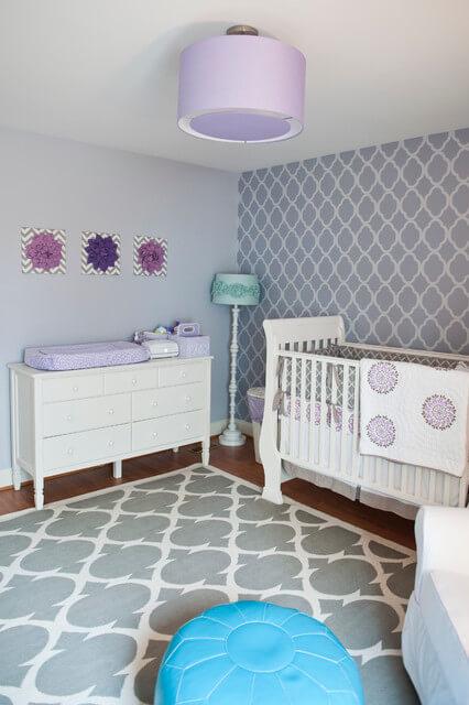 quarto-de-bebe-lilas
