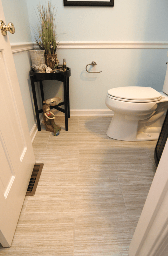 banheiros pequenos e simples
