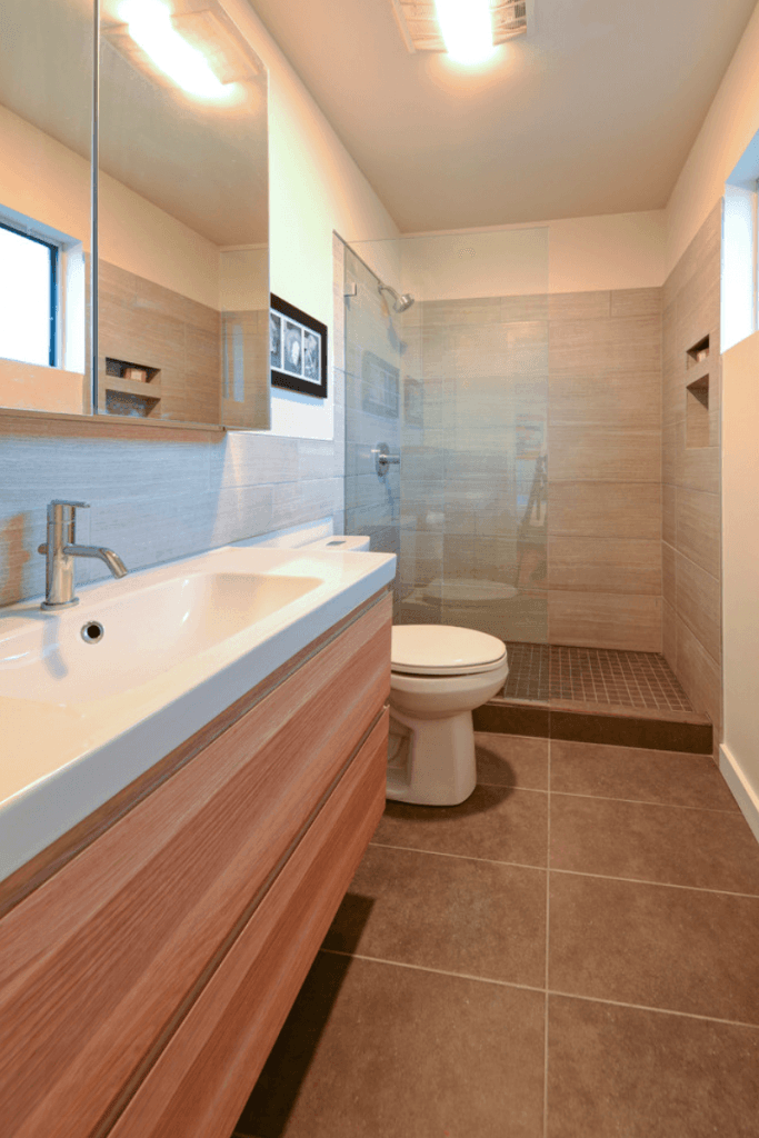 banheiros pequenos baratos e modernos
