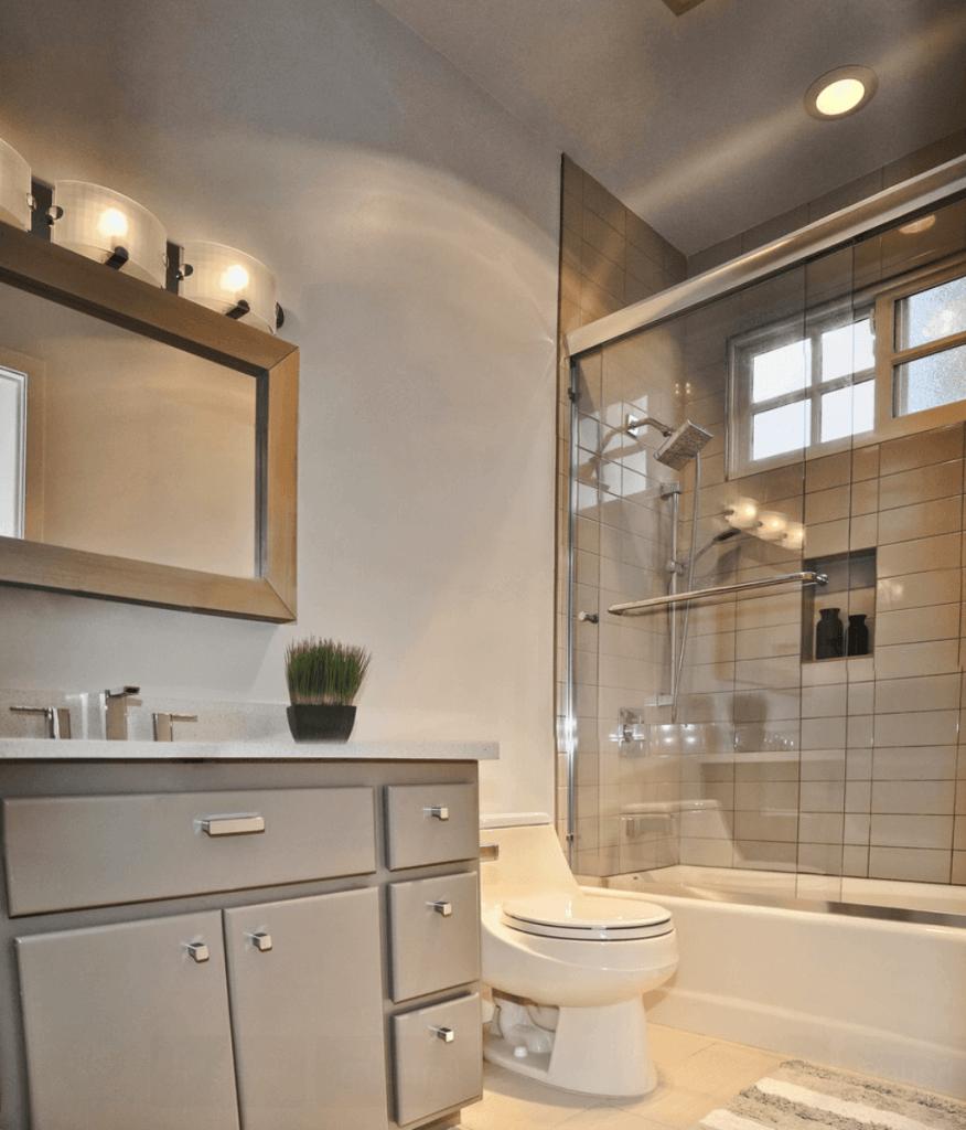 banheiros pequenos apartamento