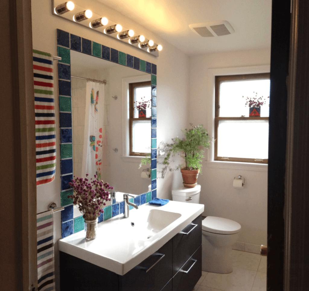 de banheiros pequenos e se inspire para fazer o seu e não deixe de  #956F36 1024x967 Banheiro De Apartamento Pequeno Planejado