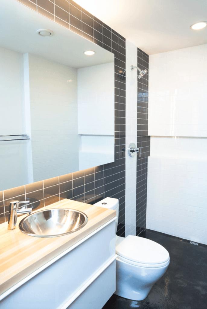 banheiro pequeno foto