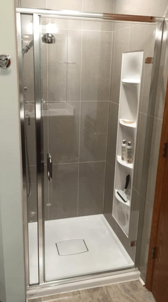 Banheiro pequeno box