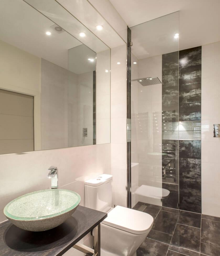 Banheiros Pequenos  Fotos e Dicas Imperdíveis  Arquidicas -> Banheiro Pequeno Com Porcelanato Preto