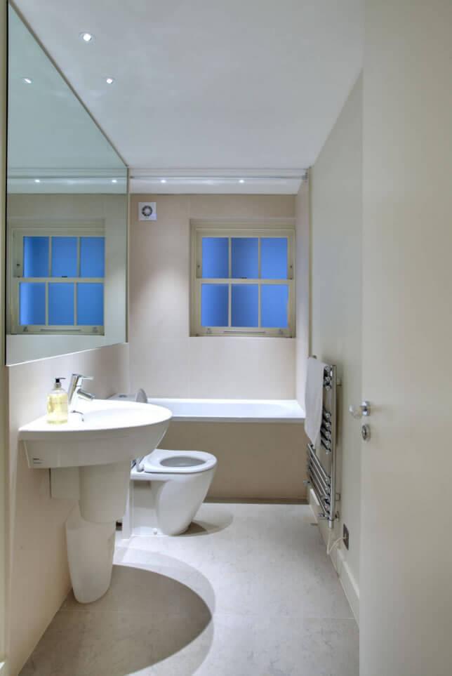 Banheiros Pequenos  Fotos e Dicas Imperdíveis  Arquidicas -> Banheiro Pequeno Com Hidro E Chuveiro