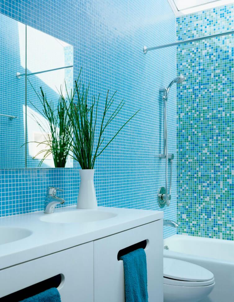 banheiros pequenos pastilhas de vidro