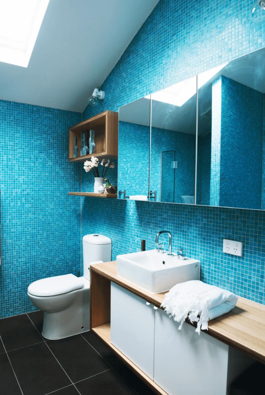 23 Banheiros com Pastilhas Lindas  Arquidicas -> Banheiros Modernos Azul