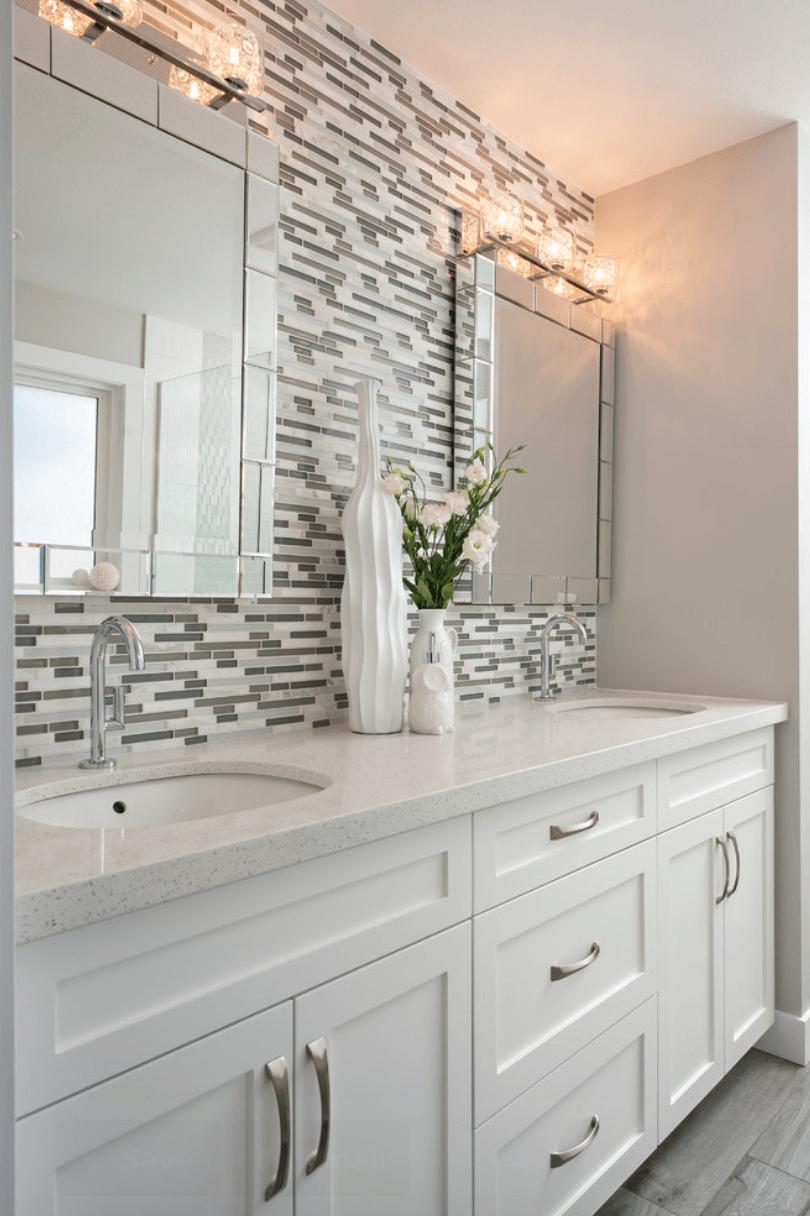 23 Banheiros com Pastilhas Lindas  Arquidicas -> Banheiro Com Faixa De Pastilha Preta