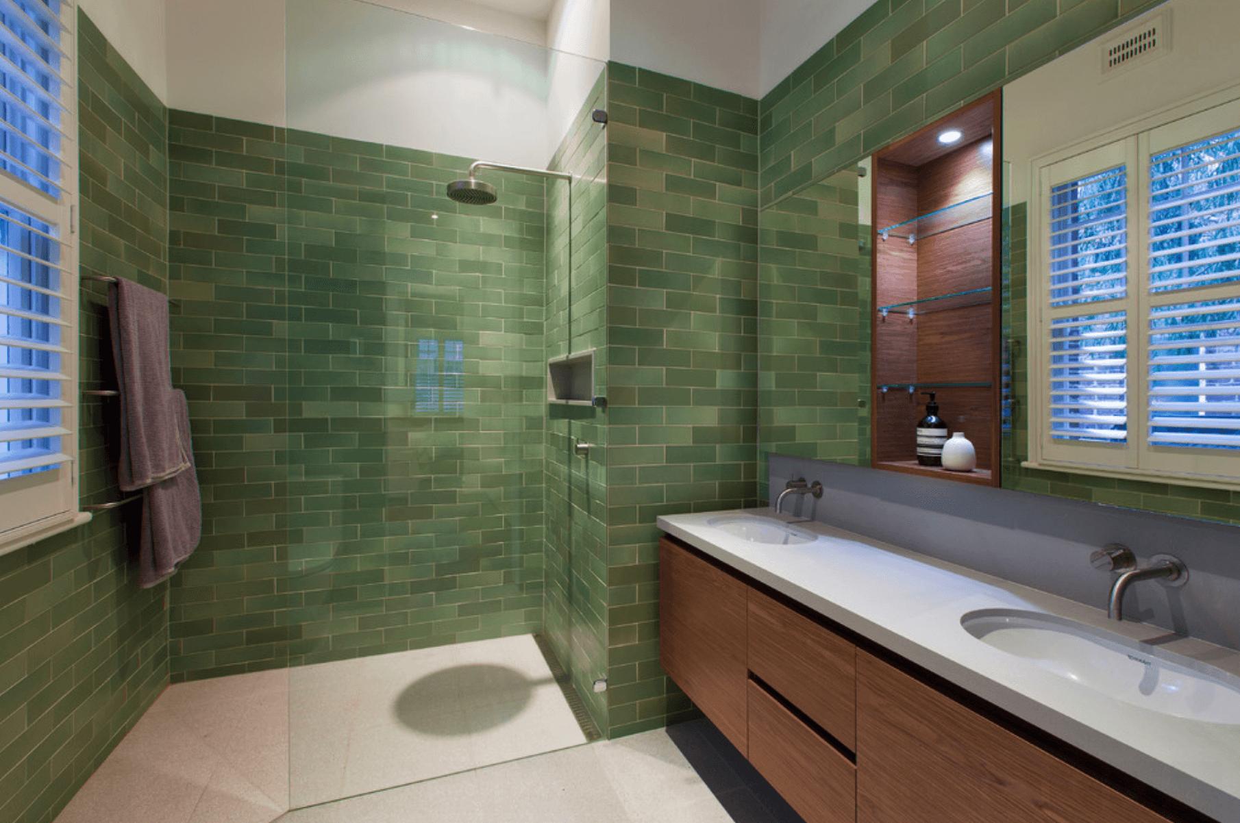 #30659B banheiros com pastilhas verdes.png 1810x1202 px Banheiro Verde Com Pastilhas 1635