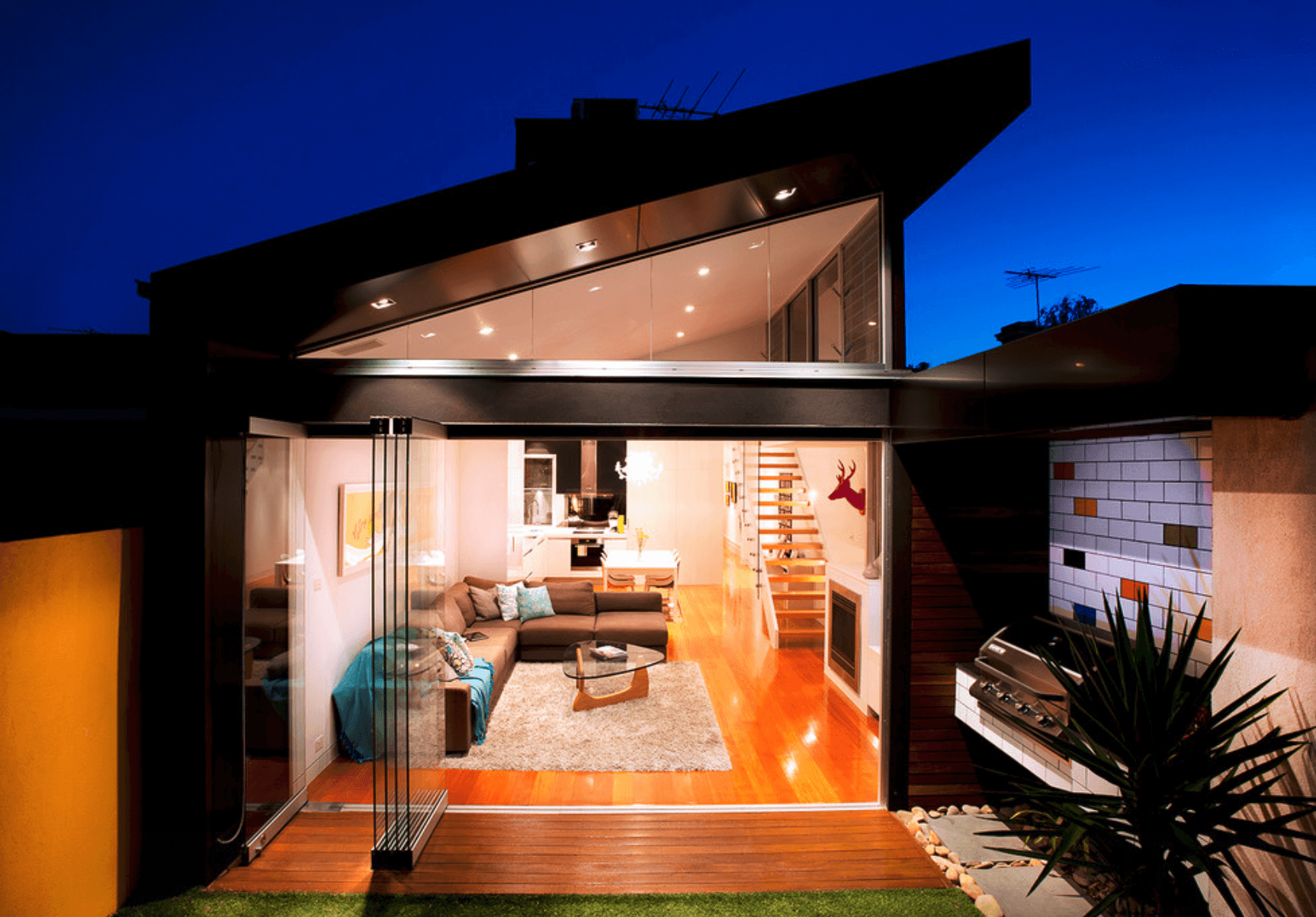 Casas bonitas modernas e simples arquidicas for Casas modernas con puertas antiguas