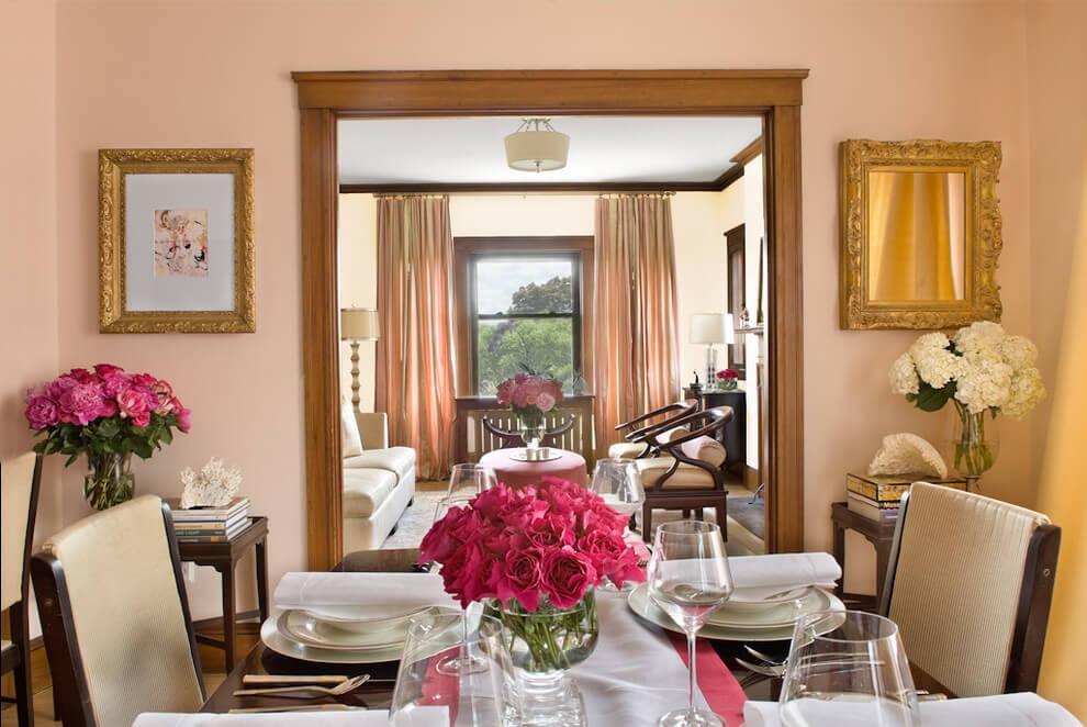 salas de jantar decoradas com espelhos