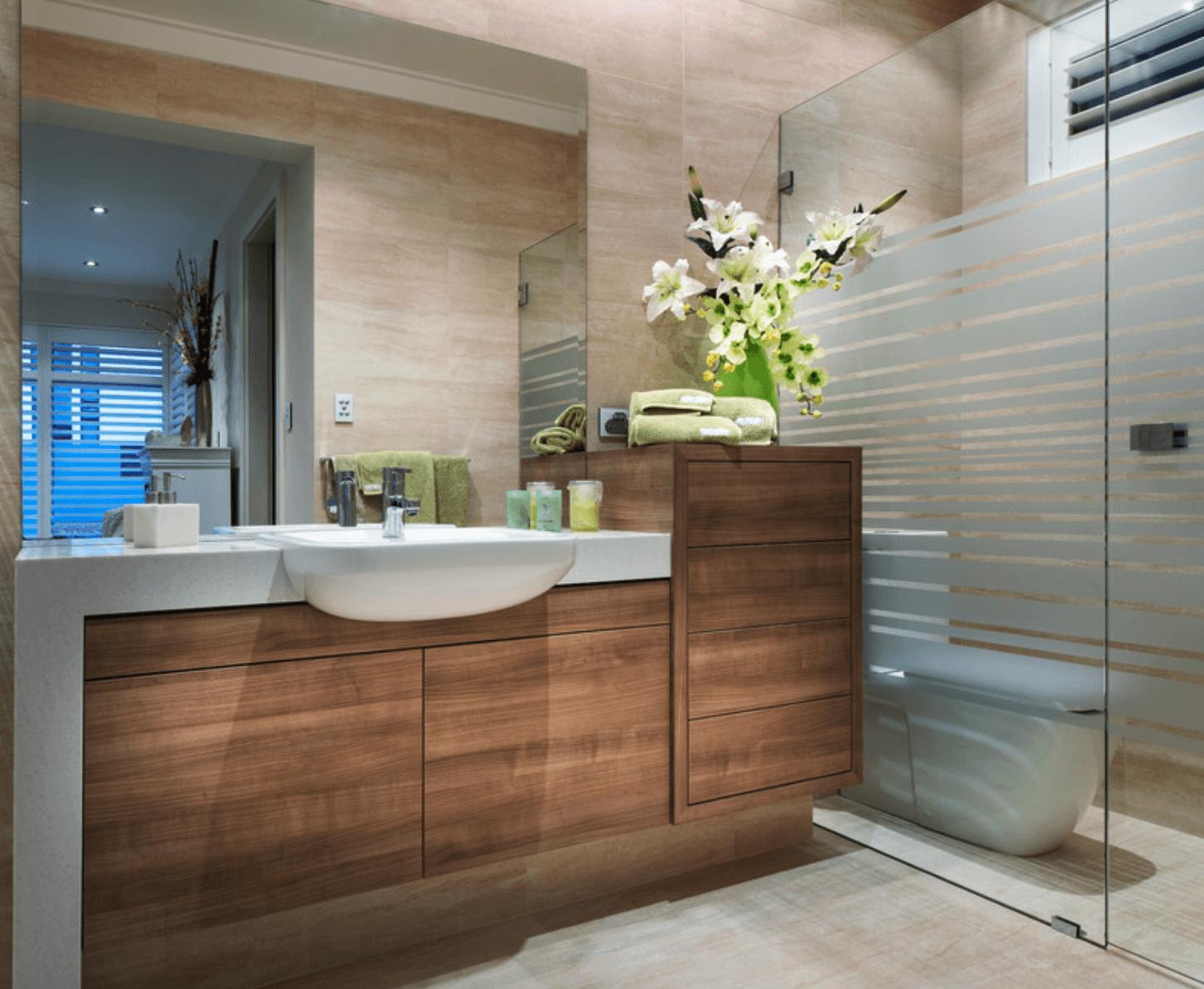 ao invés de escrever eu resolvi publicar algumas fotos de banheiros  #1B6FB0 1454x1194 Banheiro Com Banheira De Canto