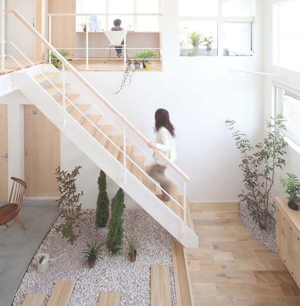 jardim de inverno sob escada