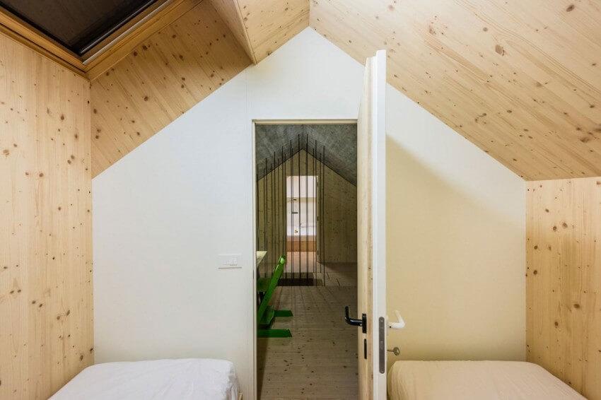 compact karst house quarto