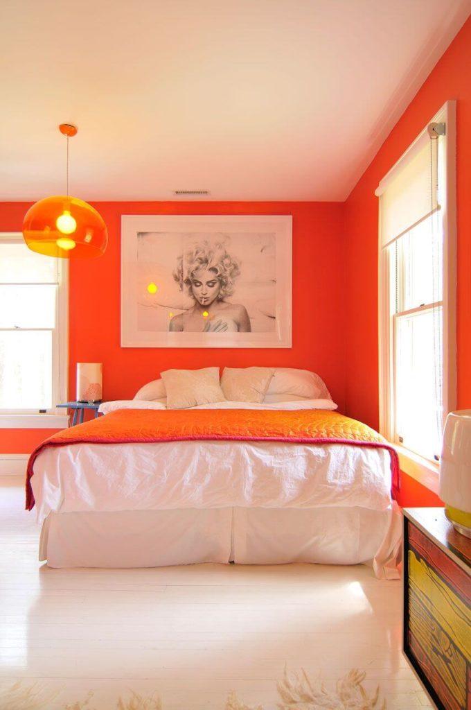 Quarto cor laranja