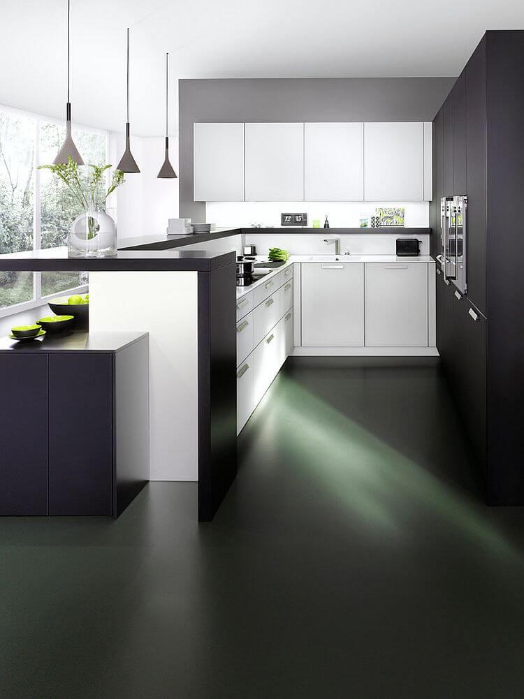cozinha moderna pequena e planejada