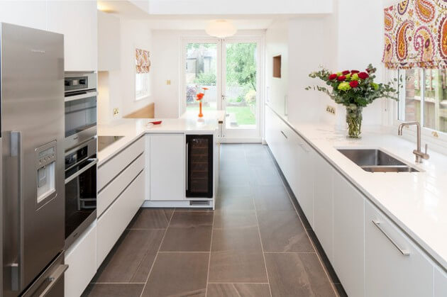 cozinha planejada pequena corredor