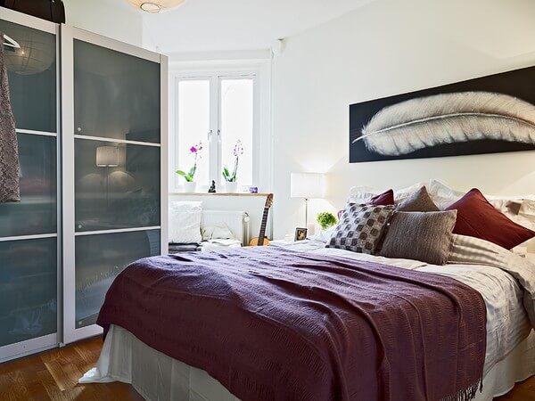 quarto de casal simples decorado