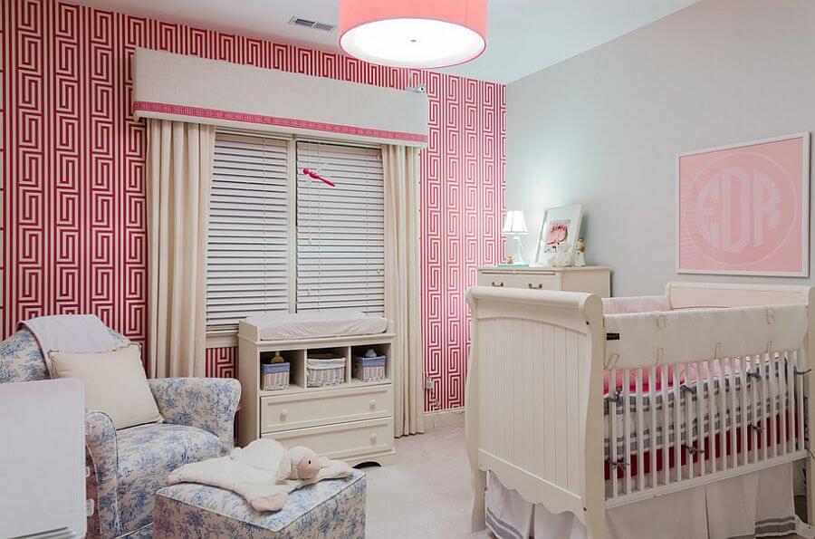 quarto de bebê feminino decorado