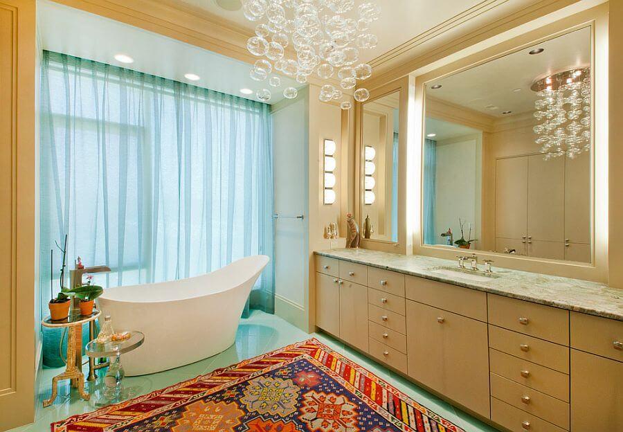 banheiro decorado com luminária