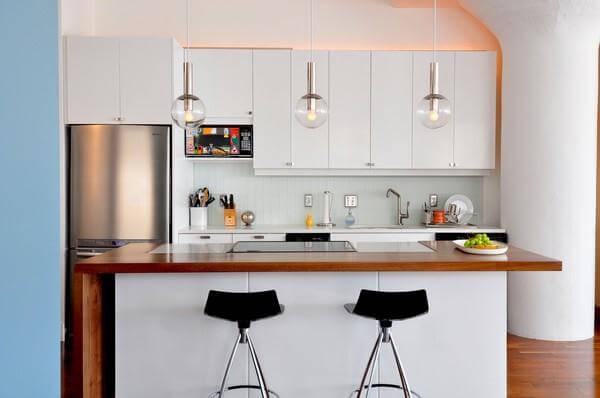 foto de cozinha americana pequena
