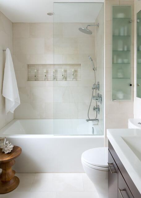 decoração simples para banheiro pequeno