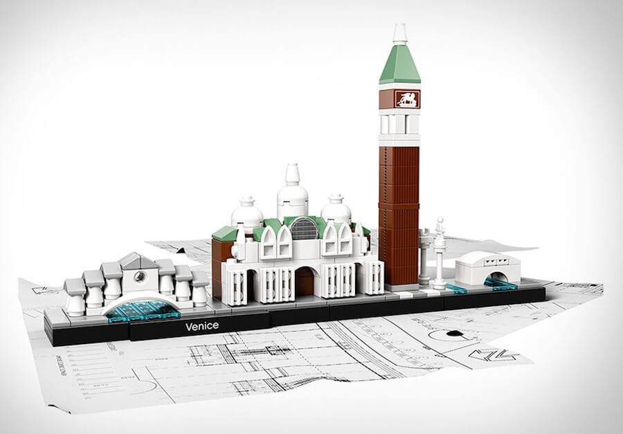 lego-skylines-2