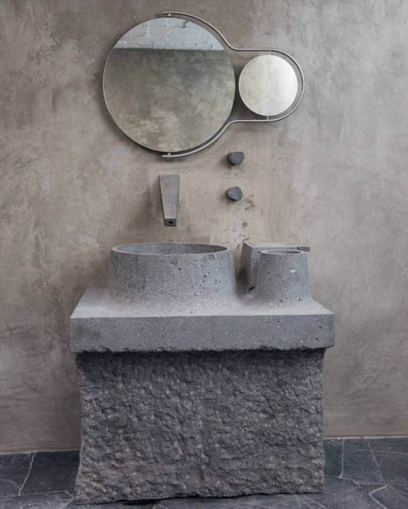 pia-esculpida-na-pedra