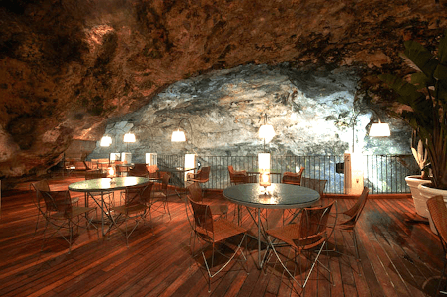 restaurante-caverna