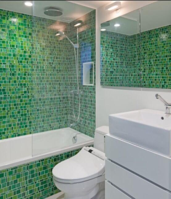 Pastilhas Adesivas para Banheiro Você Precisa Saber!  Arquidicas -> Box De Banheiro Com Pastilha De Vidro