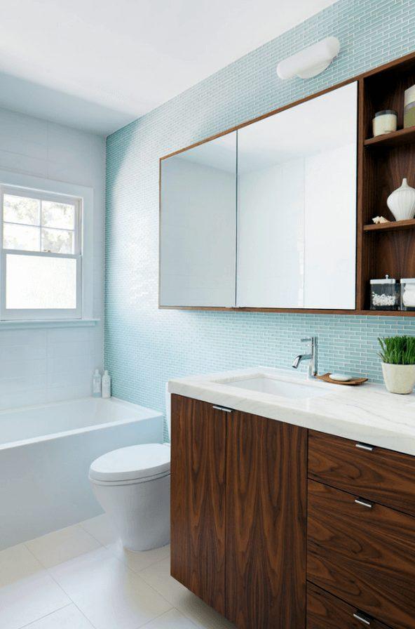 banheiro moderno com pastilhas retangulares