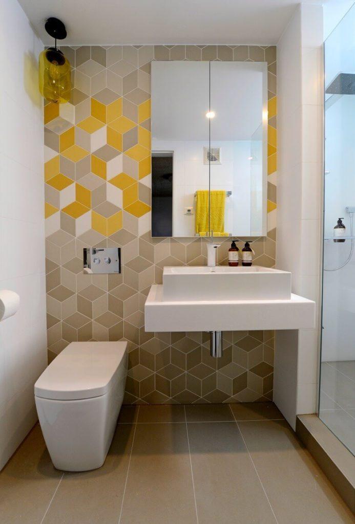 banheiro moderno planejado pequeno