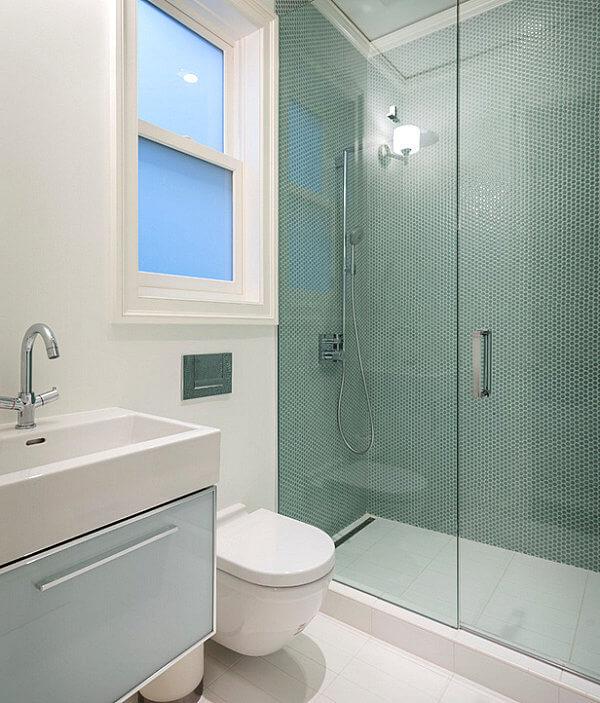 banheiros pequenos planejados simples